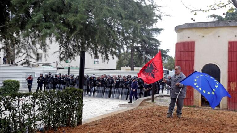 klimakwnetai-i-politiki-entasi-stin-albania-nees-sugkrouseis
