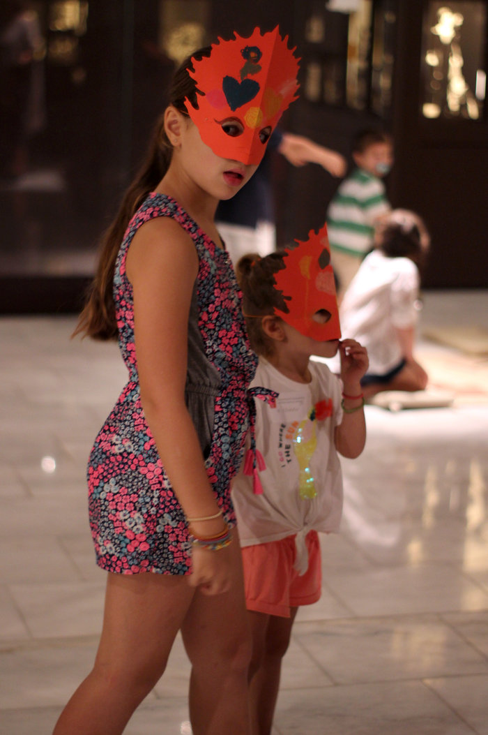 Ελληνικό Φεστιβάλ: Γονείς σε Επίδαυρο και παιδιά δημιουργικά απασχολημένα - εικόνα 2