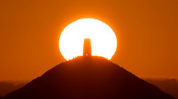 Εντυπωσιακές φωτογραφίες από το θερινό ηλιοστάσιο στη Μεγάλη Βρετανία