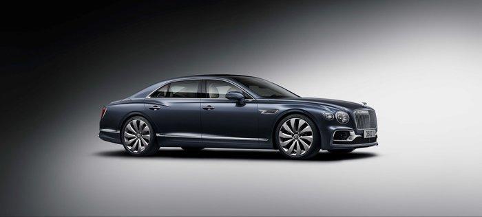 Η νέα Bentley Flying Spur θα αναστατώσει το καλοκαίρι σου