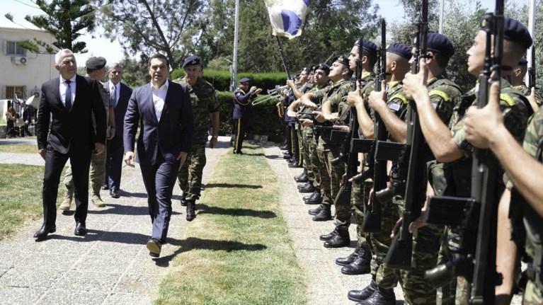tsipras-se-erntogan-na-stamatisoun-oi-parabiaseis-sobaro-to-timima