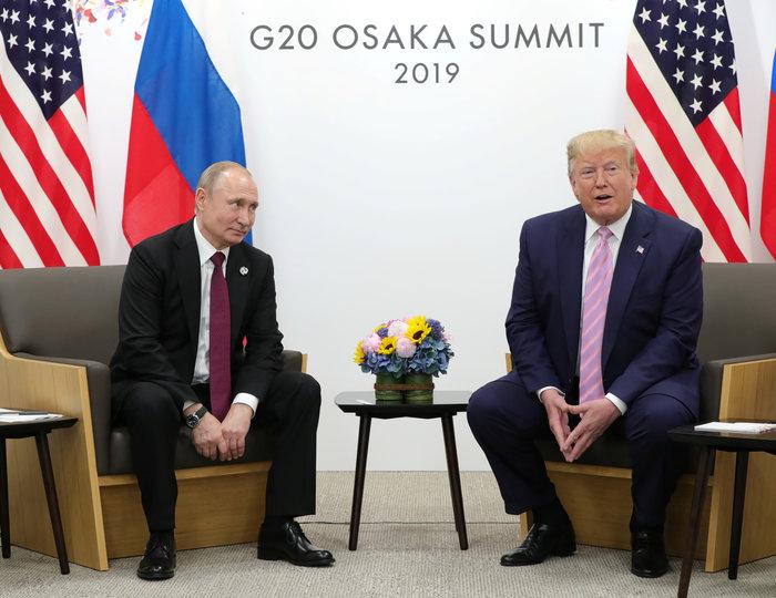 Χαμόγελα στη συνάντηση Τραμπ-Πούτιν στην G20 - εικόνα 2