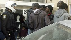 Επεισόδια ανάμεσα σε αστυνομικούς και μικροπωλητές σε πανηγύρι