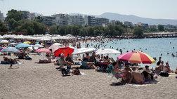 Στην παραλία οι Αθηναίοι πριν, μετά ή χωρίς... κάλπη