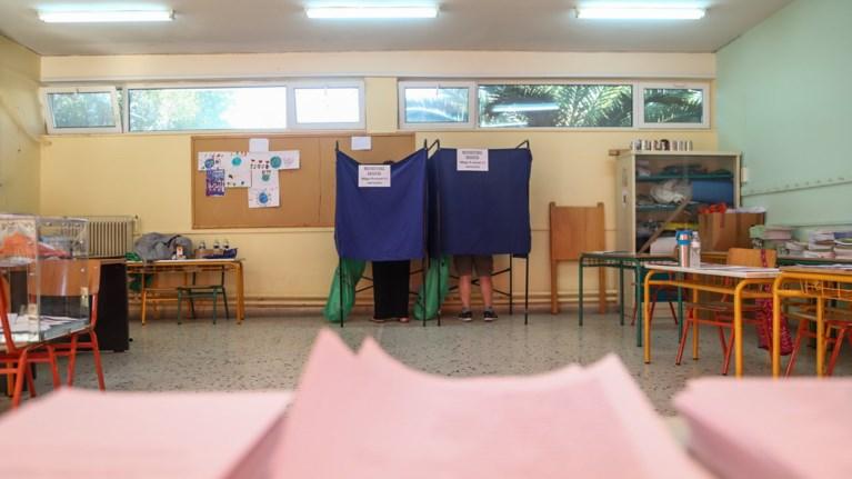 se-pososta-pro-mnimoniwn-ta-megala-kommata-sumfwna-me-to-exit-poll