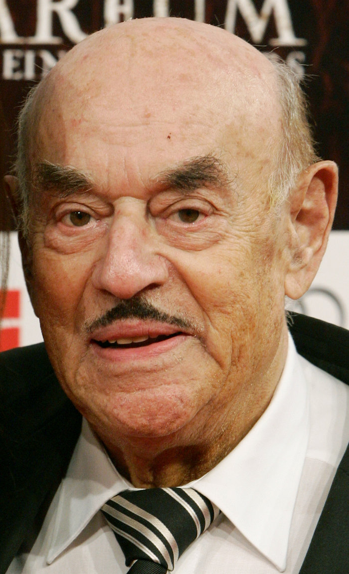 Πέθανε σε ηλικία 100 ετών ο κινηματογραφικός παραγωγός Αρτούρ Μπράουνερ