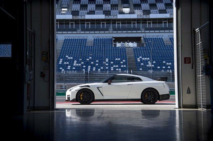 Το Nissan GT-R NISMO 2020 ανεβάζει τη θερμοκρασία λίγο ακόμα - εικόνα 7