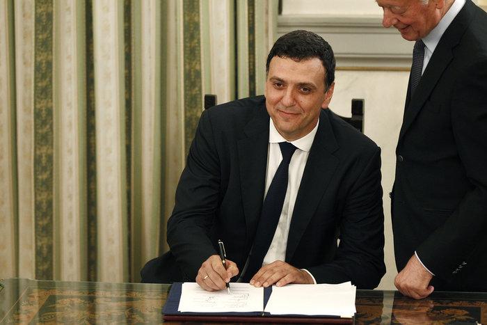 Ορκίστηκε η νέα κυβέρνηση του Κυριάκου Μητσοτάκη [φωτογραφίες] - εικόνα 18