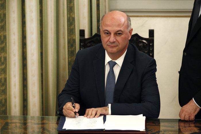 Ορκίστηκε η νέα κυβέρνηση του Κυριάκου Μητσοτάκη [φωτογραφίες] - εικόνα 21