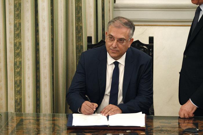 Ορκίστηκε η νέα κυβέρνηση του Κυριάκου Μητσοτάκη [φωτογραφίες] - εικόνα 22