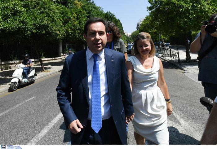 Ο Νότης Μηταράκης με τη σύζυγό του Μαρία Δουρίδα