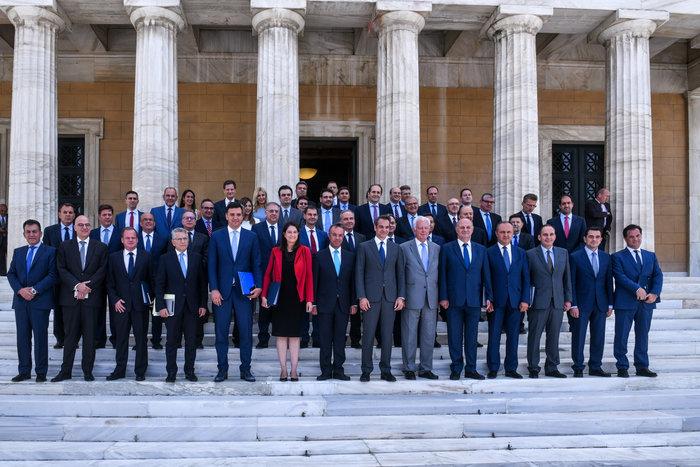 Μητσοτάκης προς υπουργούς: Ο στόχος ψηλά, το βλέμμα χαμηλά - εικόνα 7