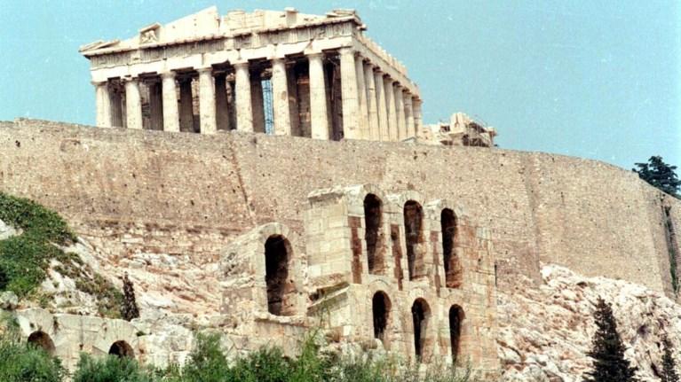 apo-simera-exei-giatro-i-akropoli-epibebaiwthike-to-reportaz-tou-toc