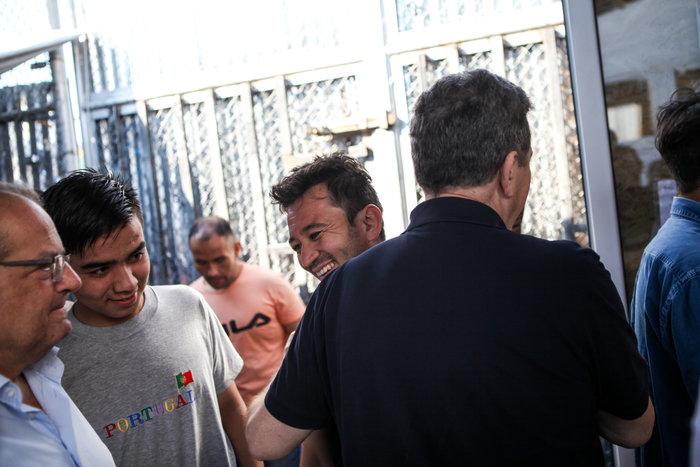 Στον προσφυγικό καταυλισμό της Μόρια ο Μιχάλης Χρυσοχοϊδης - εικόνα 4