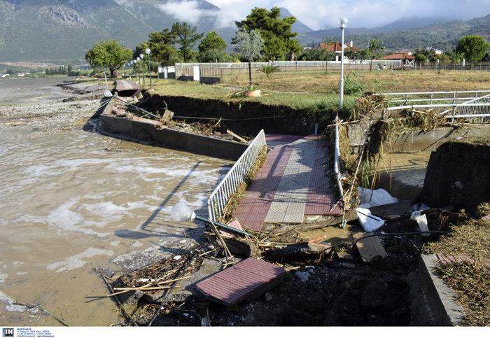 Μεγάλες καταστροφές στη Ναυπακτία από το κύμα κακοκαιρίας - εικόνα 2