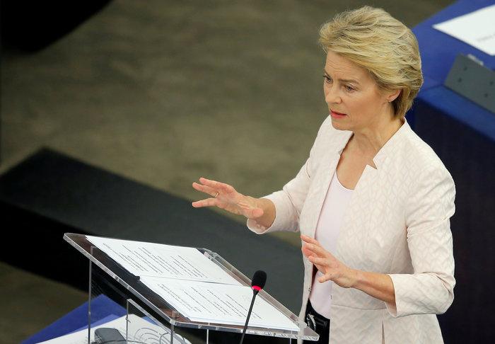 Η φον ντερ Λάιεν υπέρ «ανθρώπινων συνόρων» στην ΕΕ
