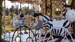 ena-karousel-me-15-ekatommuria-swarovski