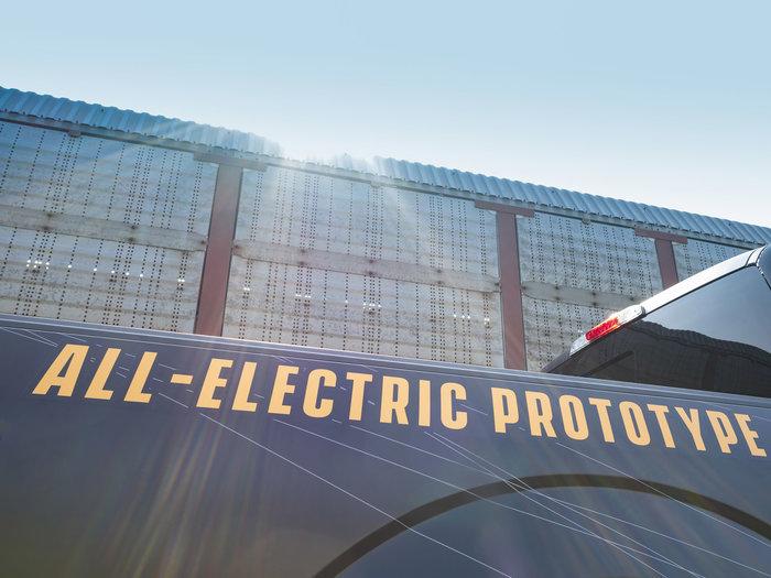 Μπορεί ένα ηλεκτρικό PickUp να σύρει 450+ τόνους;
