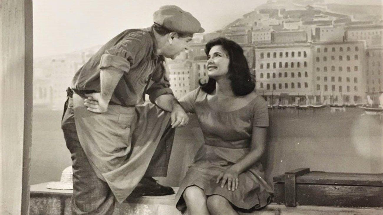 Dating vintage κοσμήματα Σανέλ