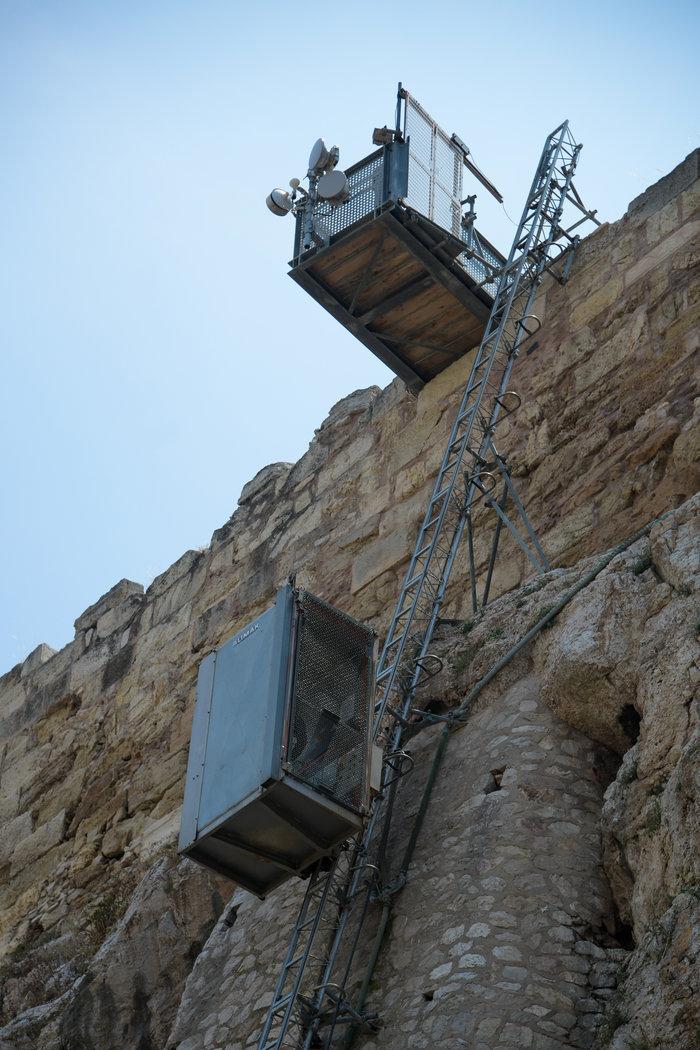 Και πάλι εκτός λειτουργίας ο ανελκυστήρας της Ακρόπολης - εικόνα 2