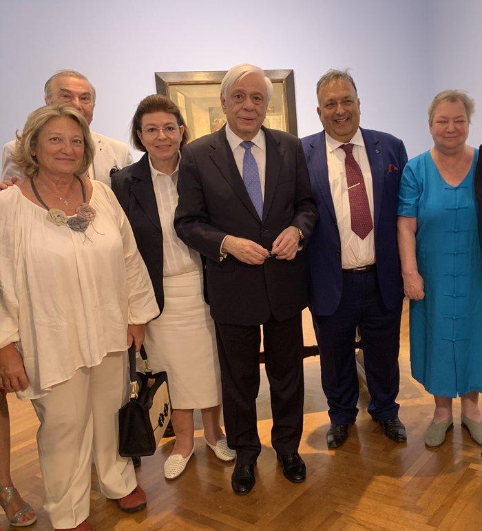 Παρουσία του Π.Παυλόπουλου εγκαινιάστηκε έκθεση για τον Τσαρούχη στην Ανδρο