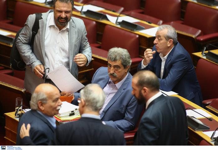 Πρώτη σύγκρουση στη Βουλή για την άρση ασυλίας του Πολάκη