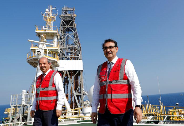 Στο Γιαβούζ ο Τούρκος υπ. Ενέργειας: Ξεκίνησαν οι γεωτρήσεις [Εικόνες] - εικόνα 5