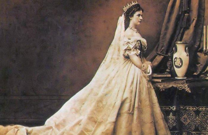 Η θλιμμένη πριγκίπισσα Σίσι και η αγάπη της για την Κέρκυρα