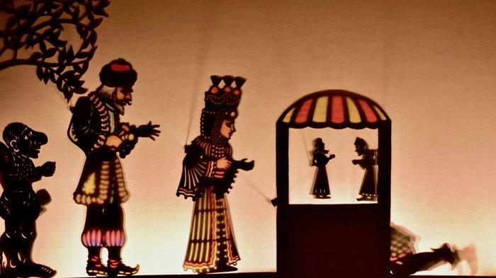 Η ιστορία της Φιλοθέης των Αθηνών στη μαγεία του θεάτρου σκιών