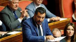 Αναστέλλεται το διάταγμα Σαλβίνι για τους μετανάστες με δικαστική απόφαση