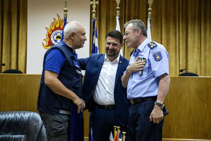 Βράβευση Ιταλών και Ισπανών πιλότων για τη φωτιά στην Εύβοια (φωτό) - εικόνα 2