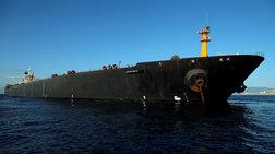 pros-to-limani-tis-kalamatas-pleei-to-iraniko-tanker