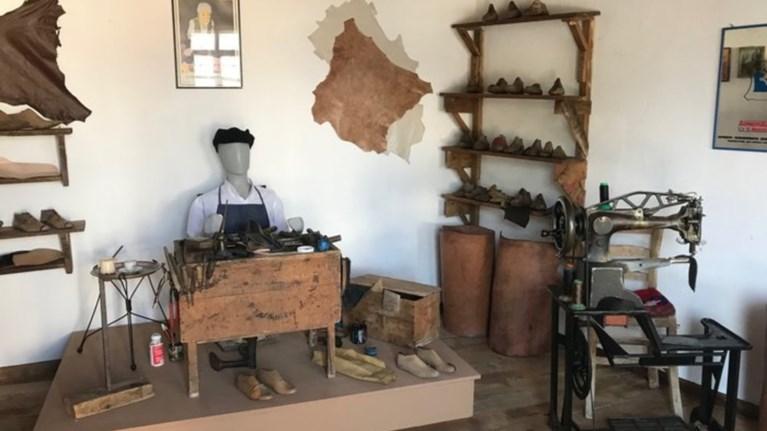Ένα παλιό παραδοσιακό τσαγκαράδικο αναβιώνει στο Λαγκαδά