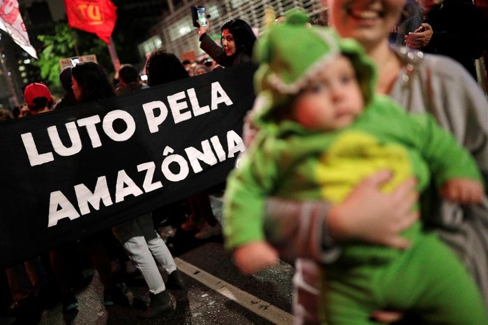 Παγκόσμια οργή κατά Μπολσονάρου για τις φωτιές στον Αμαζόνιο - εικόνα 4