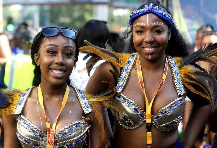 Καρναβάλι Νότινγκ Χιλ: Το μεγαλύτερο street party στον κόσμο [ΕΙΚΟΝΕΣ] - εικόνα 3