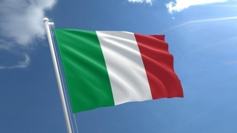 sunexizetai-to-politiko-adieksodo-stin-italia-pithanes-oi-prowres-ekloges