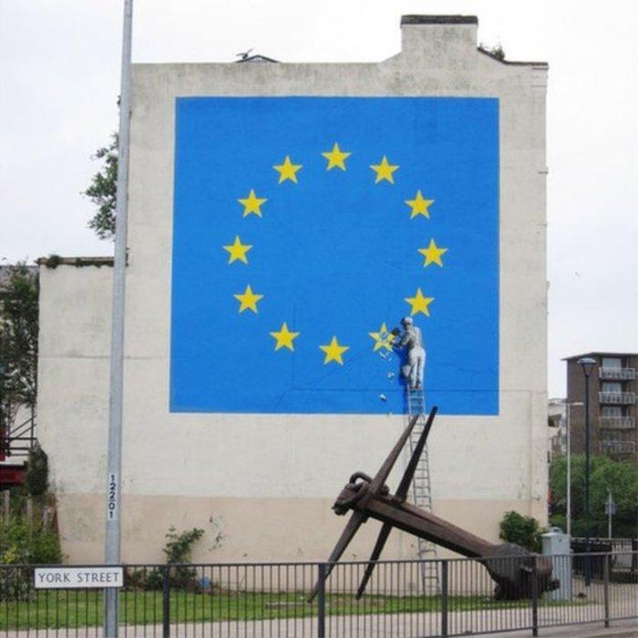 Το έργο του Banksy που συμβολίζει το Brexit εξαφανίσθηκε