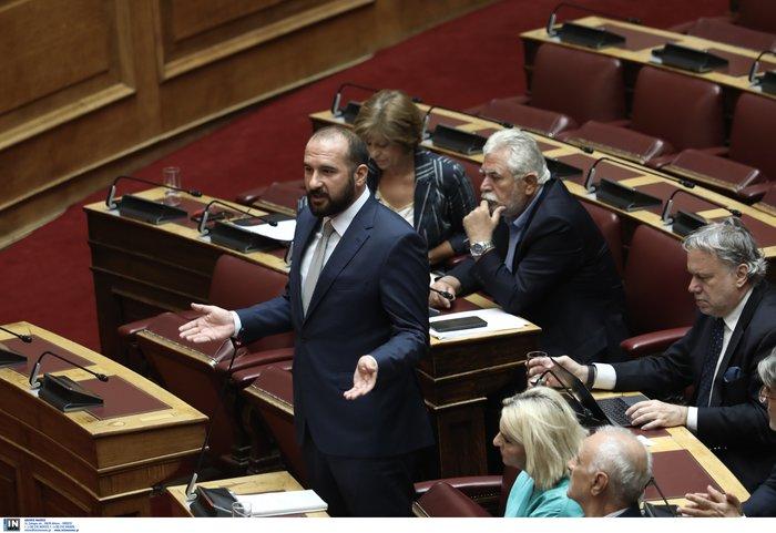 Βουλή: Αντιπαράθεση λόγω τροπολογίας για τον διοικητή της ΕΥΠ