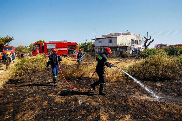 Εικόνες από τη φωτιά στην Αρτέμιδα - εικόνα 2