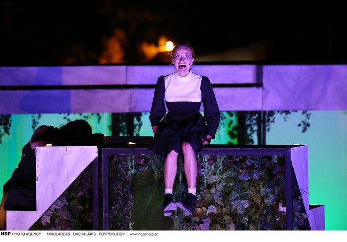 Ο Μπουρδούμης στο Φεστιβάλ Βενετίας με τη νέα αγαπημένη του [φωτο] - εικόνα 8