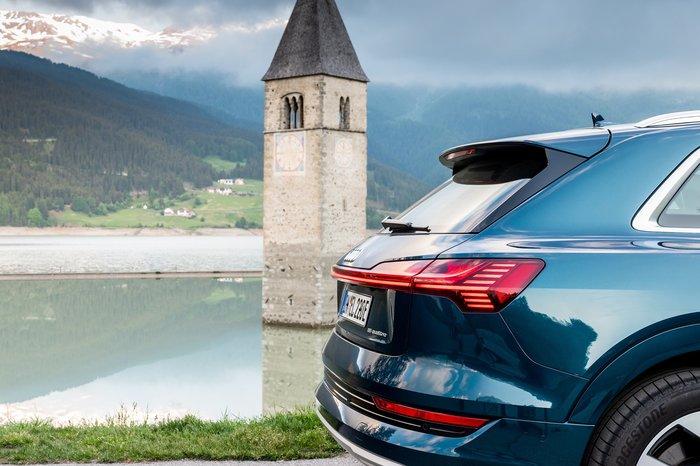 Το Audi e-tron καταρρίπτει μύθους: Δέκα χώρες non-stop σε 24 ώρες - εικόνα 2
