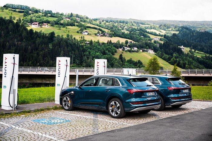 Το Audi e-tron καταρρίπτει μύθους: Δέκα χώρες non-stop σε 24 ώρες - εικόνα 3