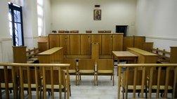 Ελεύθεροι με περιοριστικούς όρους οι δύο κατηγορούμενοι για βιασμό 19χρονης