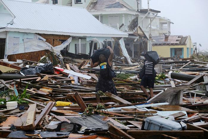 Εικόνα ολικής καταστροφής στις Μπαχάμες-20 νεκροί και αγνοούμενοι - εικόνα 7