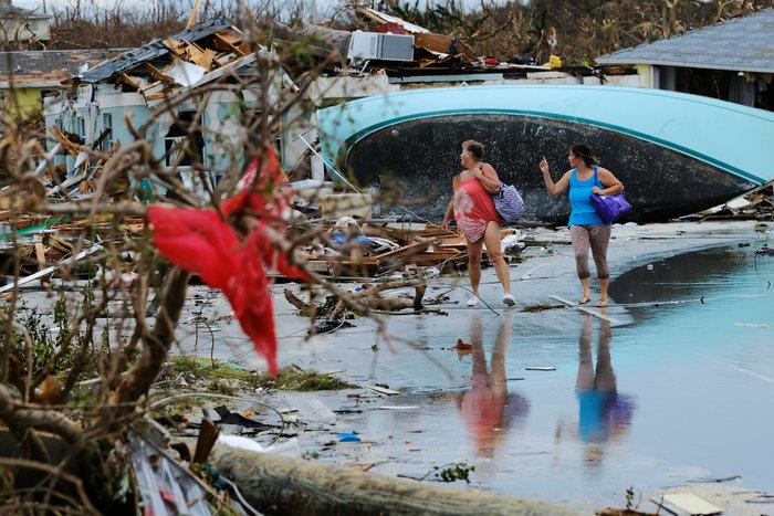 Εικόνα ολικής καταστροφής στις Μπαχάμες-20 νεκροί και αγνοούμενοι - εικόνα 4