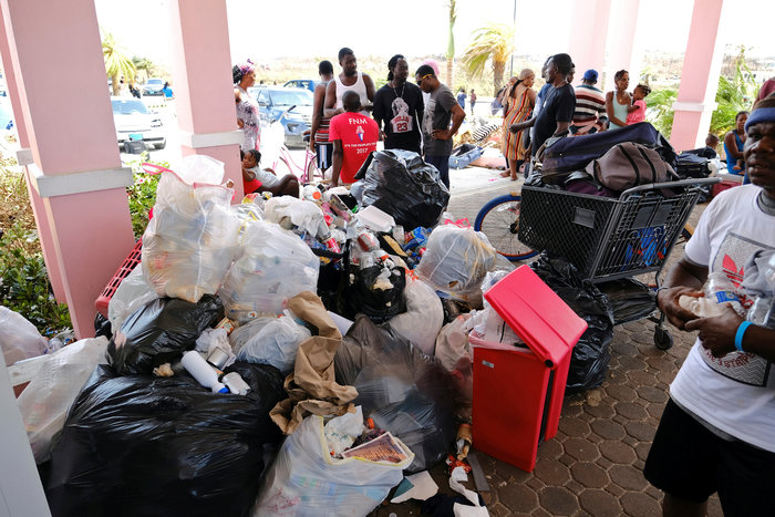 Εικόνα ολικής καταστροφής στις Μπαχάμες-20 νεκροί και αγνοούμενοι - εικόνα 3