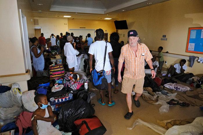 Εικόνα ολικής καταστροφής στις Μπαχάμες-20 νεκροί και αγνοούμενοι - εικόνα 8