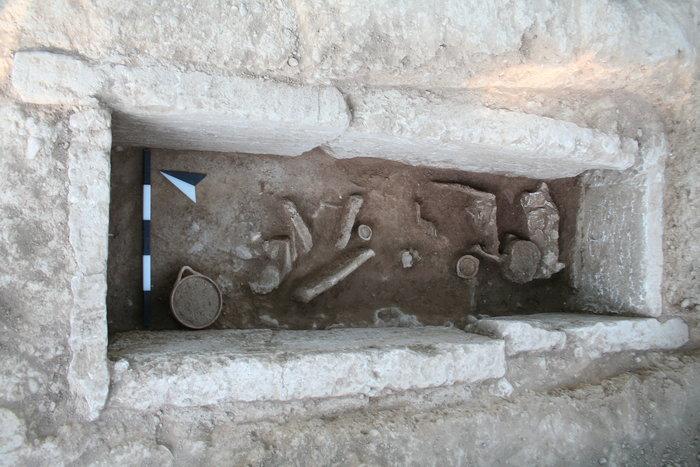 Κιβωτιόσχημος τάφος στην περιοχή Μερκούρη (πρώιμη ελληνιστική περίοδος).