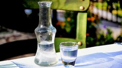 Χωρίς εμπορευματικό οχηματαγωγό η Λέσβος- Κίνδυνος για το ούζο