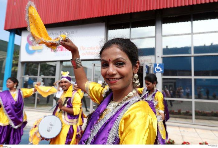 Το σημάδι των Ινδών στο μέτωπο του Κυριάκου Μητσοτάκη στη ΔΕΘ - εικόνα 5